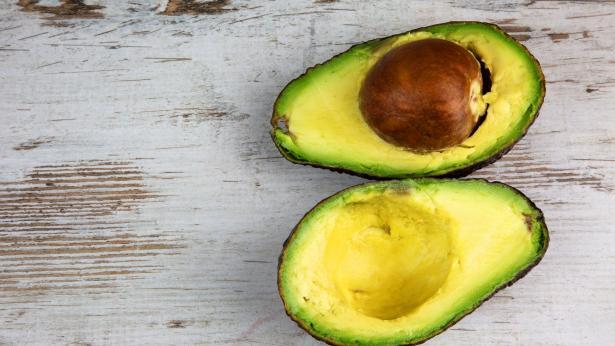 Avocado, il frutto tropicale che fa bene alla salute