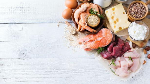 Dieta iperproteica: benefici, rischi e controindicazioni