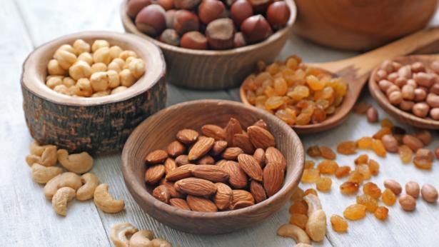 Frutta secca: proprietà e valori nutrizionali