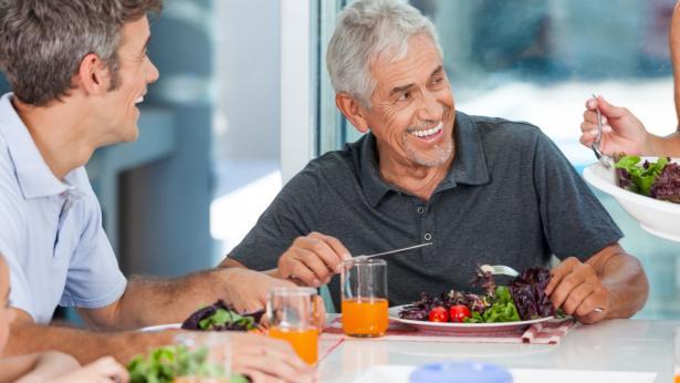 Inappetenza nell'anziano: come stimolare l'appetito