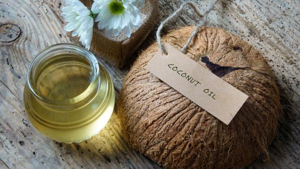 Olio di cocco: proprietà e usi