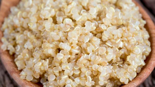 Quinoa, quali sono le proprietà e come si cucina