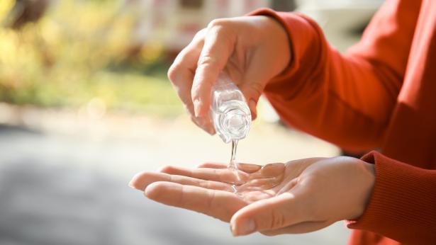 Gel igienizzante per le mani: cosa c'è da sapere