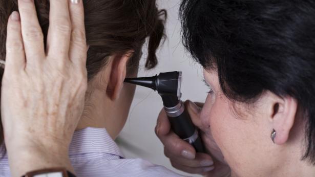 Problemi uditivi e sordità: cosa fare?