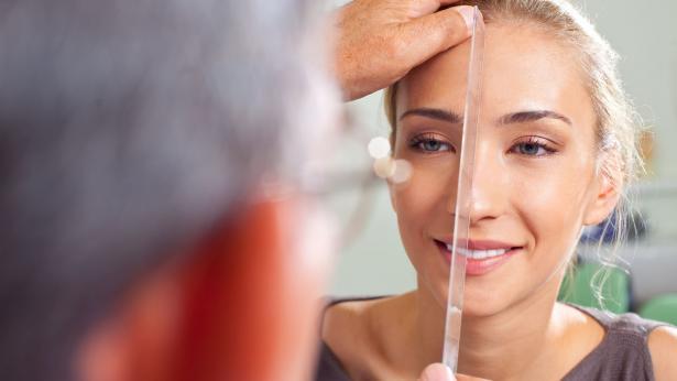 Rinoplastica: rifarsi il naso per estetica o per necessità