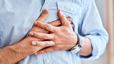 Sintomi infarto: cinque segni per riconoscere un attacco cardiaco