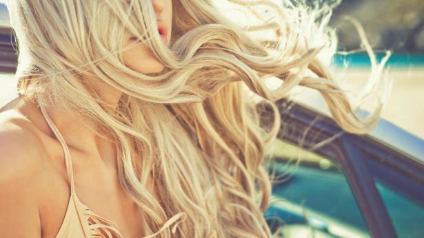 Trattamenti post vacanze per nutrire corpo e capelli