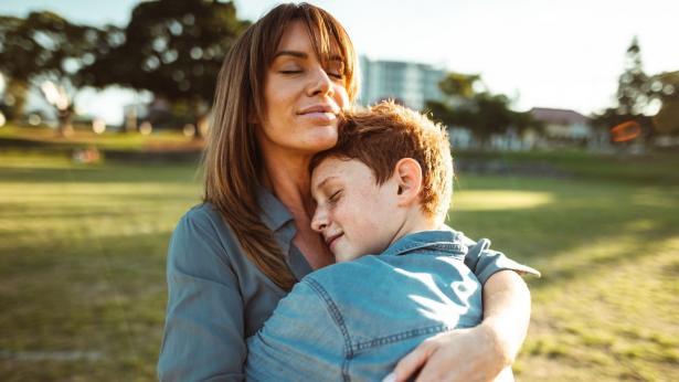 Bambini e adolescenti a rischio suicidio: consigli per i genitori