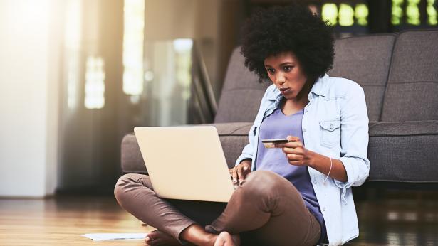 Come combattere la dipendenza da shopping online