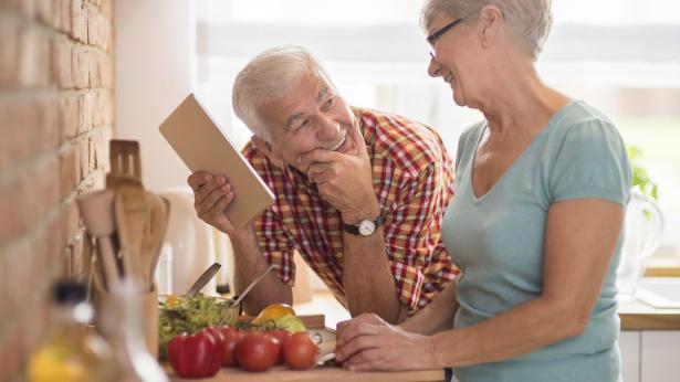 Paura di invecchiare? Ecco le regole per mantenersi in salute