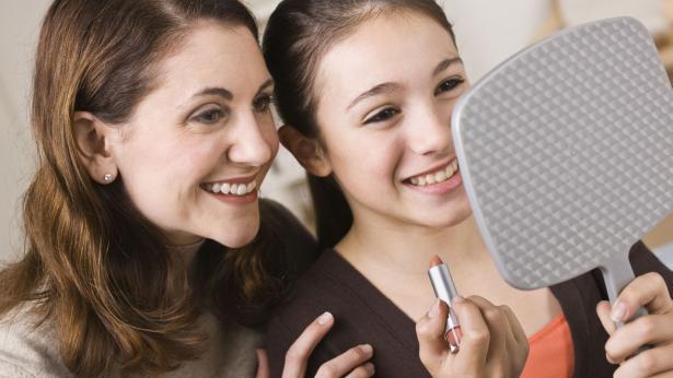Prima mestruazione: consigli ai genitori