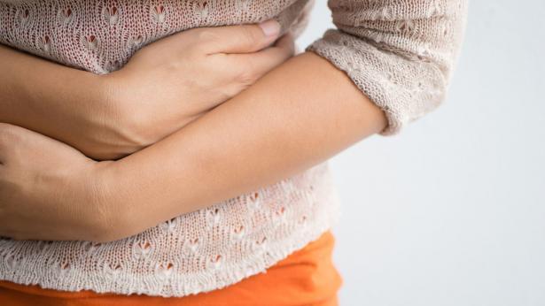 Bruciore di stomaco: cause e rimedi