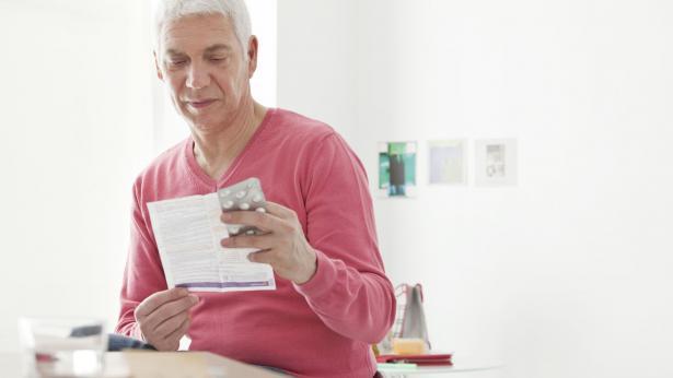 Bugiardino: come si legge il foglietto illustrativo dei farmaci