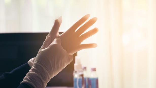 I guanti proteggono dalle infezioni?