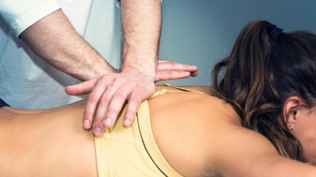 Massaggio decontratturante: come rilassare i muscoli