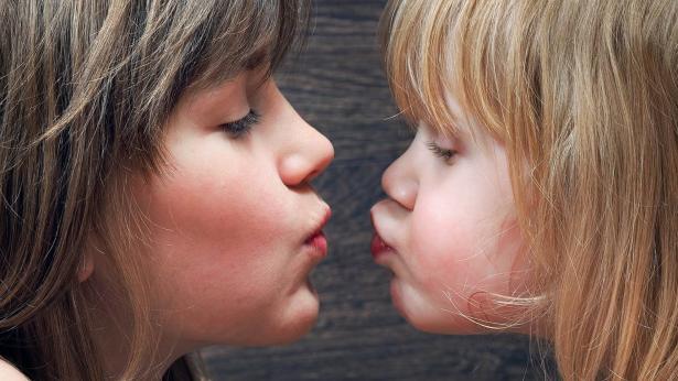 Mononucleosi: falsi miti e prevenzione