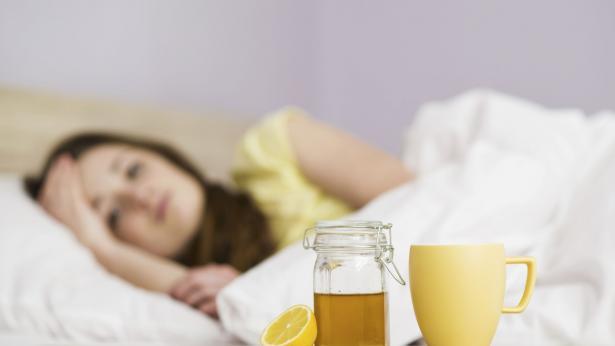 Tosse: miele, latte caldo, infusi e altri rimedi naturali