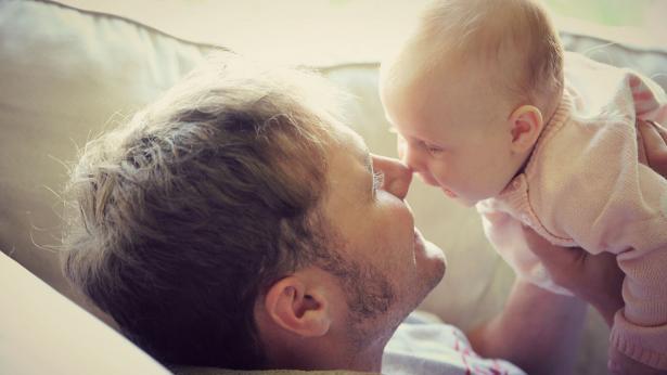 Congedo di paternità: cos'è, come funziona e come si richiede