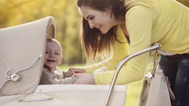 Carrozzina, passeggino e seggioloni: uscita in sicurezza
