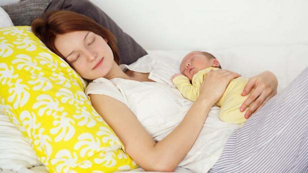 Come e quando dormire quando nasce un bambino: consigli per le neo mamme