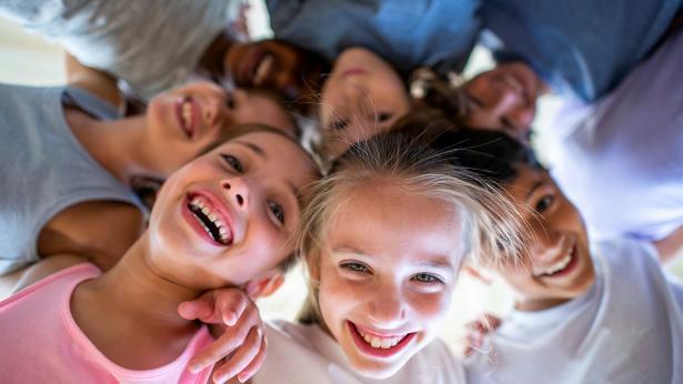 Quanto sono importanti le interazioni sociali per i bambini?