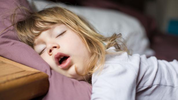 Terapia ortodontica per le apnee notturne nei bambini