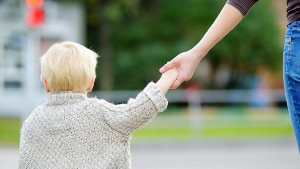 Trapianto di rene da mamma a figlio: la nuova vita di Simone