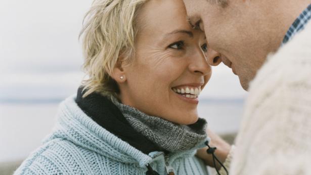 Sesso in menopausa, le regole per ritrovare il piacere