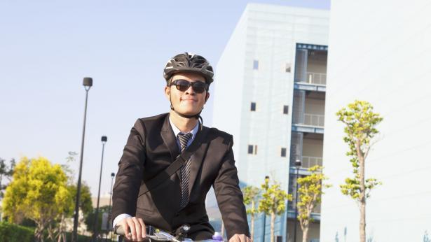 Al lavoro a piedi o in bici per prevenire il diabete e l'ipertensione