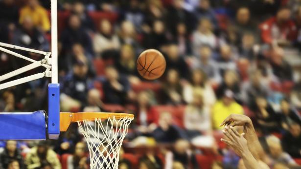 Basket: fare gol con un canestro