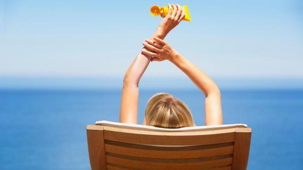 Crema solare, come scegliere la protezione giusta
