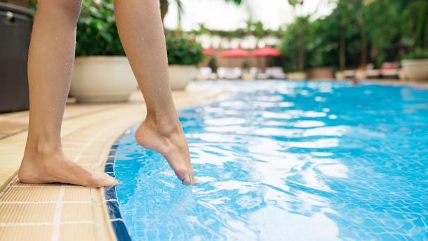 Estate e salute: i rischi più comuni e le infezioni da evitare in vacanza