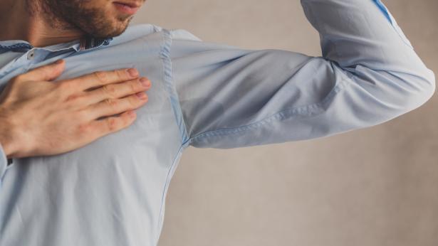 Sudorazione eccessiva: come combattere l'iperidrosi