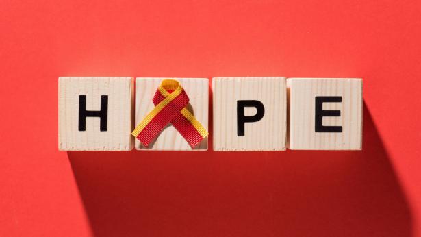 L'impegno globale per combattere l'infezione di Epatite