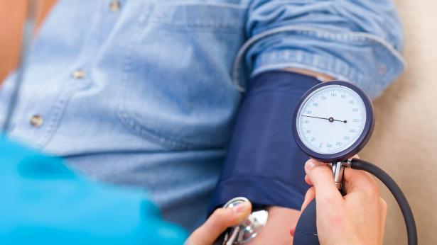 abbasso-la-pressione-la-campagna-di-prevenzione-in-farmacia--