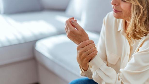 Artrite reumatoide: gli alimenti che non possono mancare nella dieta