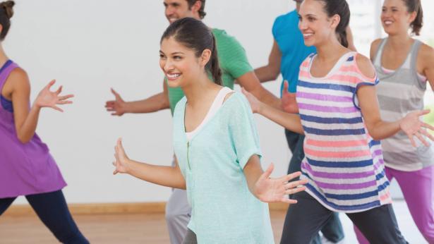 Ballare, per buttar giù i chili di troppo presi durante le feste
