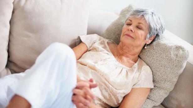 Dormire un'ora al giorno rende il cervello degli anziani più vivace