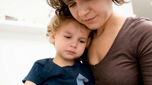 Genitori elicottero: il fenomeno genitoriale dell'iperapprensione