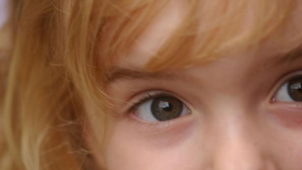 Il futuro delle bimbe dagli occhi belli: AIRETT lancia una raccolta fondi