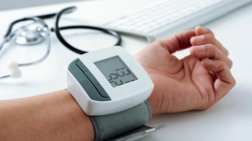 Ipertensione: un italiano su tre non la cura nel modo..