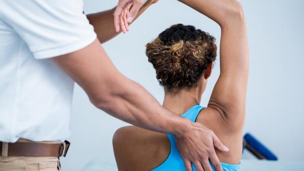 la campagna #LeManiGiuste in occasione della giornata dedicata alla fisioterapia