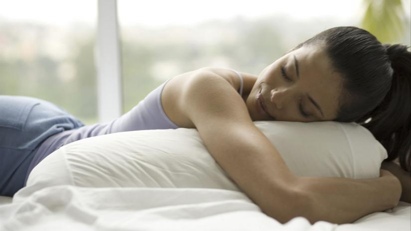 Cuscino Per La Cervicale Come Deve Essere.Come Deve Essere Il Cuscino Perfetto Paginemediche